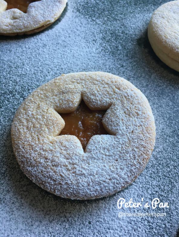 Peter's Pan: Classic Linzer Cookies