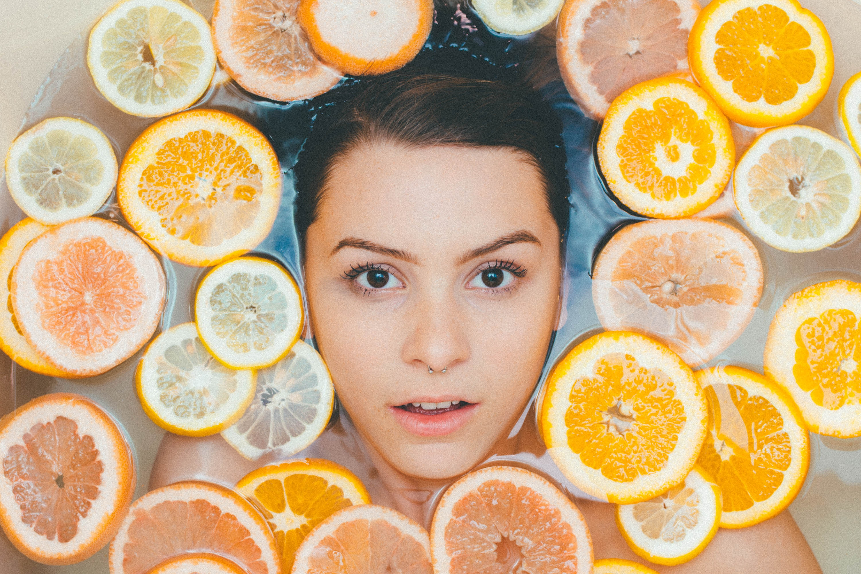 Cell-renewing grapefruit mask