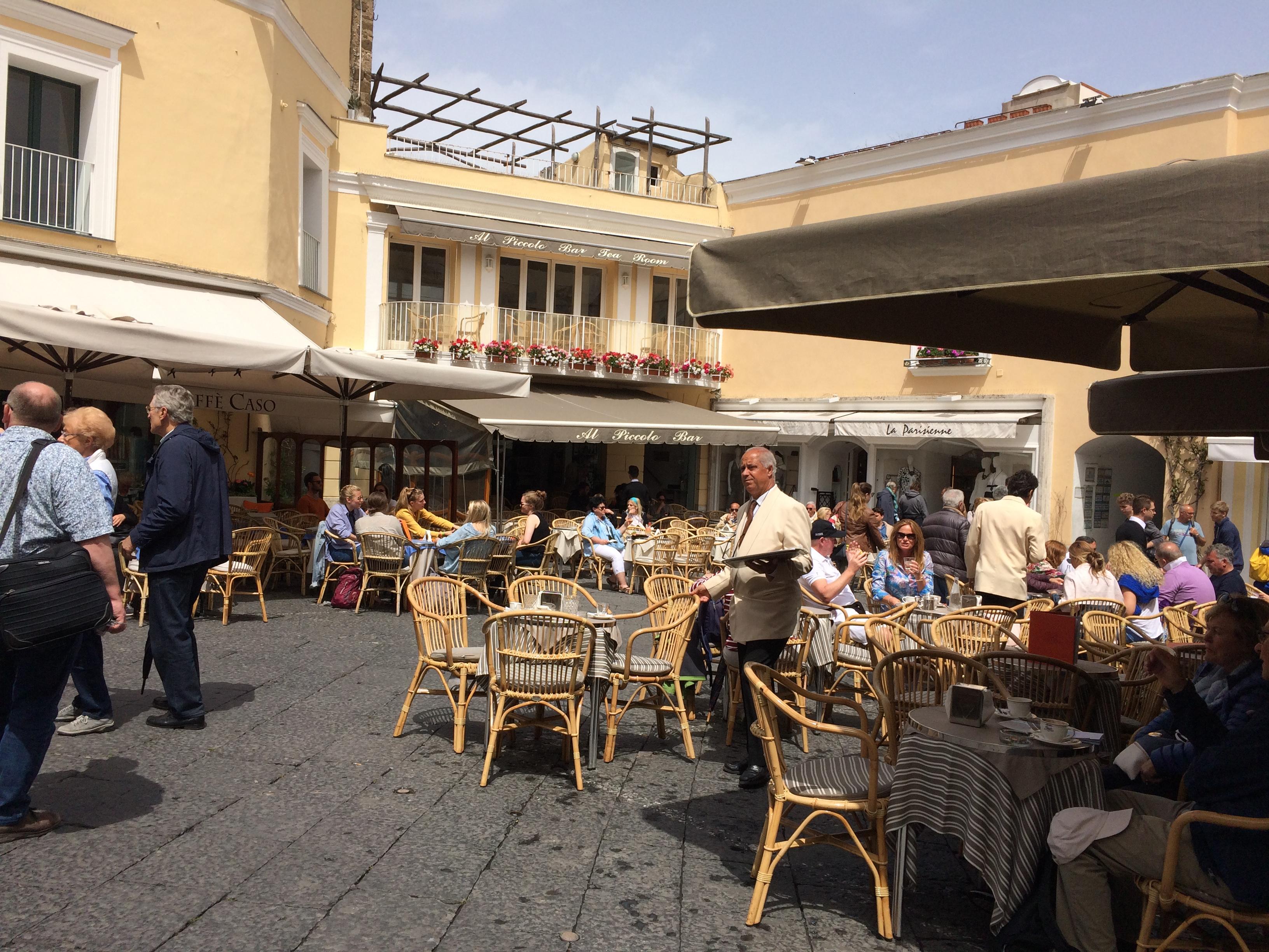 La Piazzetta - Photo: Vibes