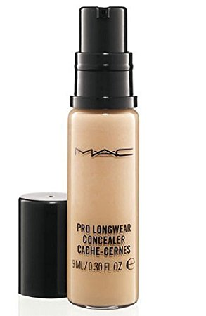 Pro Longwear Concealer NW20 + What's in your beauty bag?